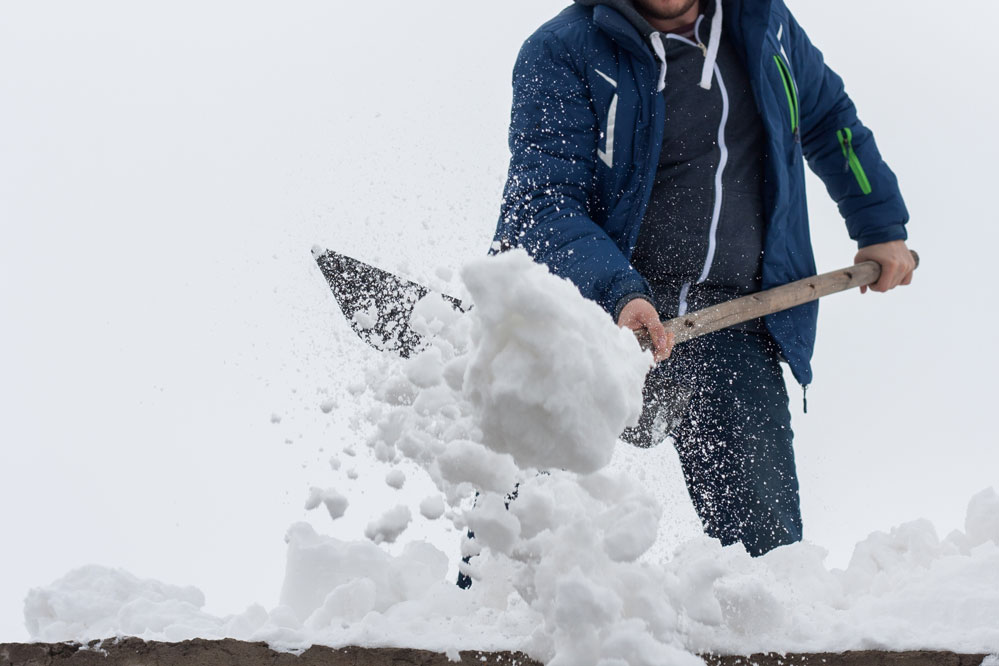 10 Residential and Commercial Snow Removal Tips:  Protect Your Property 1