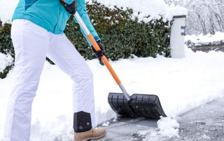 How To Stay Safe While Shoveling Snow 6
