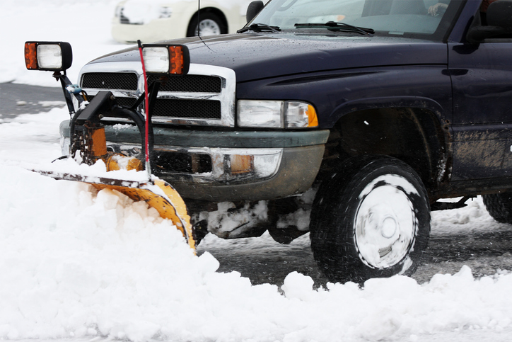 How To Stay Safe While Shoveling Snow 3